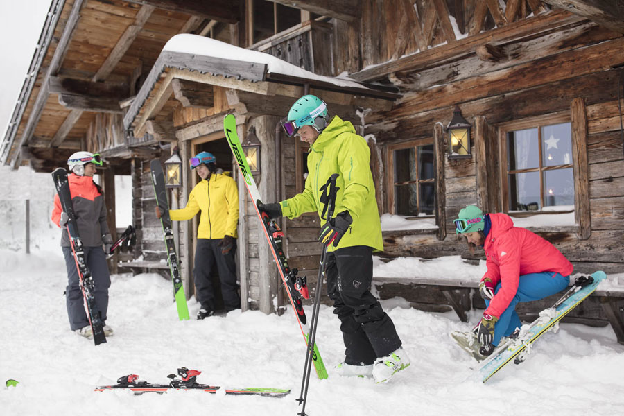 Ski rental Courchevel 1650 Intersport